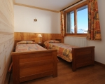 2-Bedroom1-rental-chalet-apartments-menuires