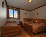 2-chambre2-location-appartement-chalet-menuires