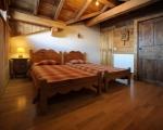 schlafzimmer3-La-grange-14-Miethauschen-apartments-savoie-menuires