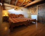 Bedroom2-La-Grange-14-rental-chalet-apartments-menuires