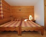 Bedroom1-La-Grange-8-rental-chalet-apartments-menuires